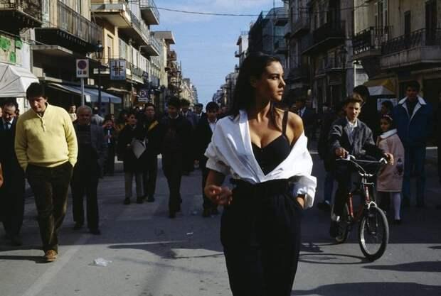 Откровенные фотографии Моники Беллуччи из 1991 года.