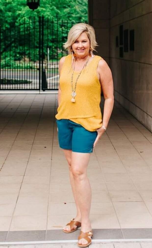 Ошибки, которые совершают женщины после 50 при составлении летнего гардероба