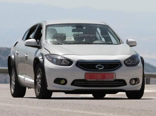 В кузове седана Renault Fluence замечен новый Megane/Laguna