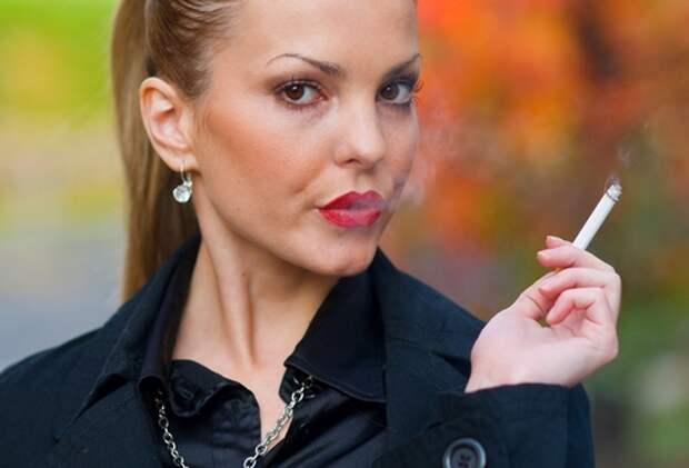 Женщина и сигарета - Фу !