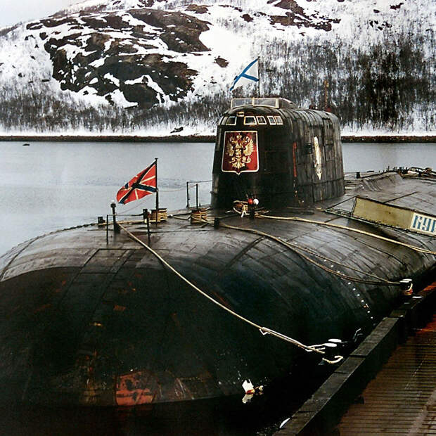 катастрофа подводной лодки Курск 12 августа 2000 года
