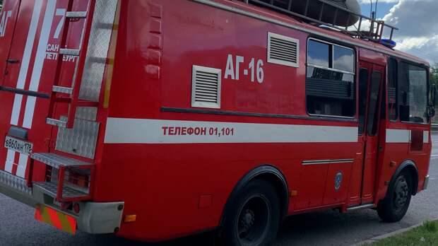 Пожарные во Владимирской области потушили пожар в пятиэтажке площадью 900 кв.м