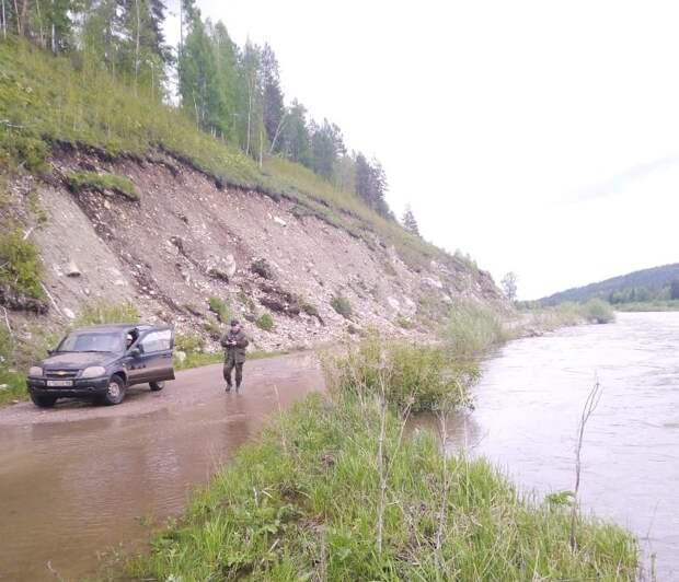 Оперативные группы МЧС направлены в шесть районов Иркутской области после сильных дождей
