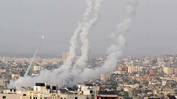 Израильская армия ударила по домам трех лидеров ХАМАС в секторе Газа