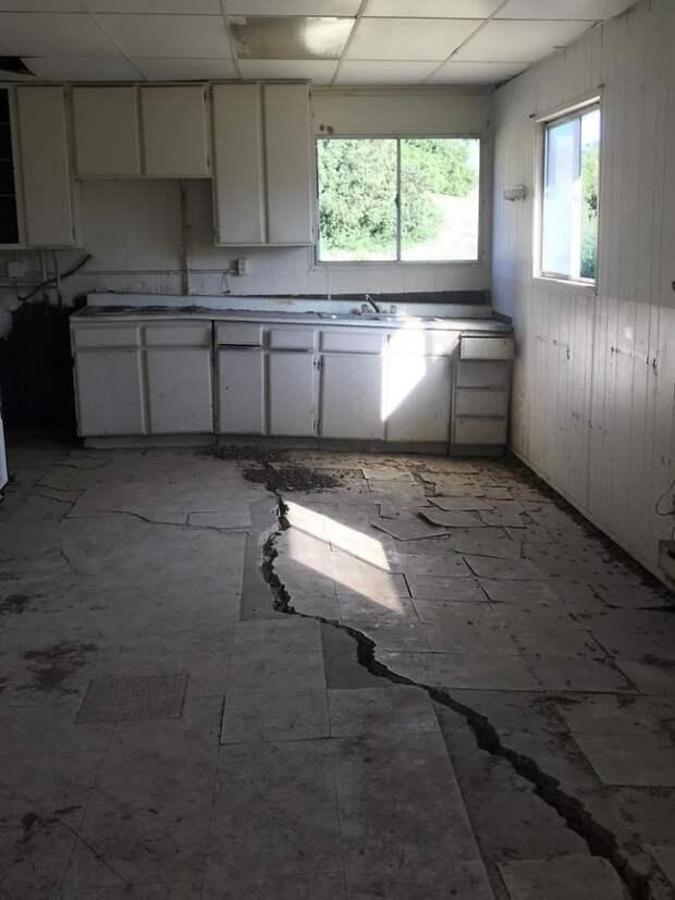 7 безумных находок чуваков, которые проверяют старые дома