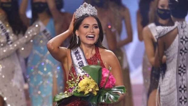 """Мексиканская модель стала новой """"Мисс Вселенная"""""""