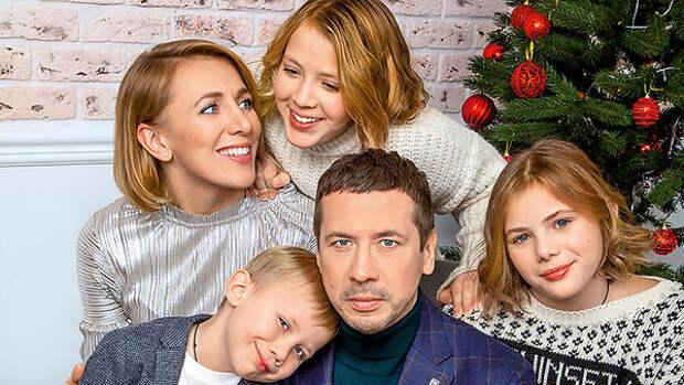 Андрей Мерзликин: «С моей женой — хоть банк грабить, хоть детей рожать»